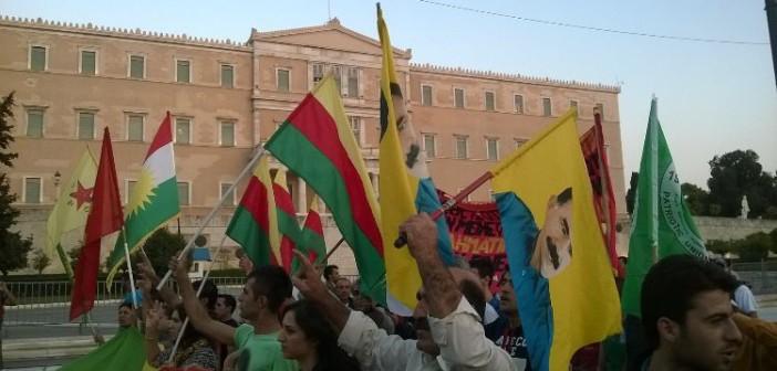 Atina'daki Kobanê ile dayanışma eyleminde VR-DER bildirisi