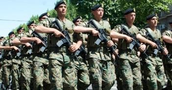 gurcistan-askerler