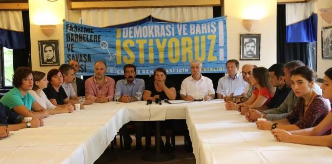 """Güç Birliği, 1 Eylül Dünya Barış Günü'nde """"acil barış"""" çağrısı ile alanlara çıkıyor"""