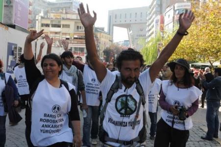 Vicdani retçi Halil Savda'nın evine jandarma baskını