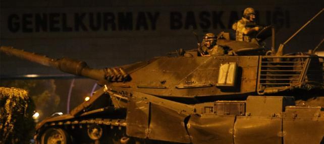CHP'den 15 Temmuz Raporu: Darbe girişiminin olacağını bilen ve bekleyenler vardı!