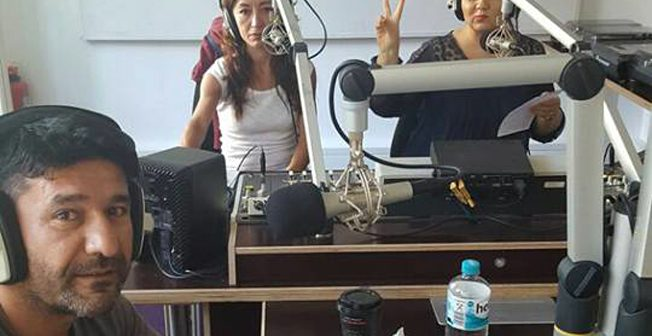 Azadi Radyo'nun canlı yayınında vicdani retlerini açıkladılar