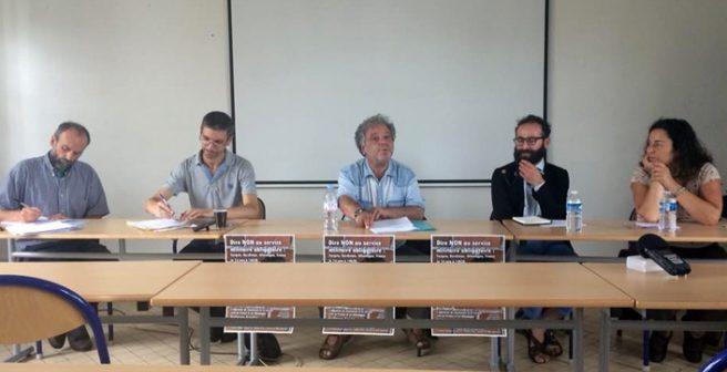 Fransa'da 'Zorunlu Askerliğe Hayır' konferansı düzenlendi