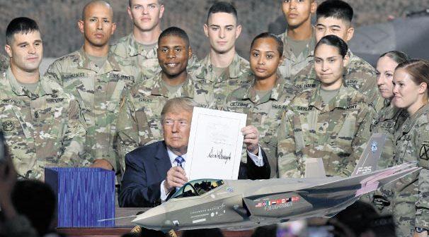 Pentagon'un 2020 bütçesi 750milyar dolar, savaş fonu da 165milyar dolar olacak